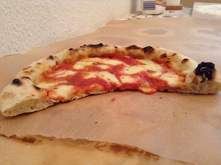 pizza napoletana margherita forno di casa