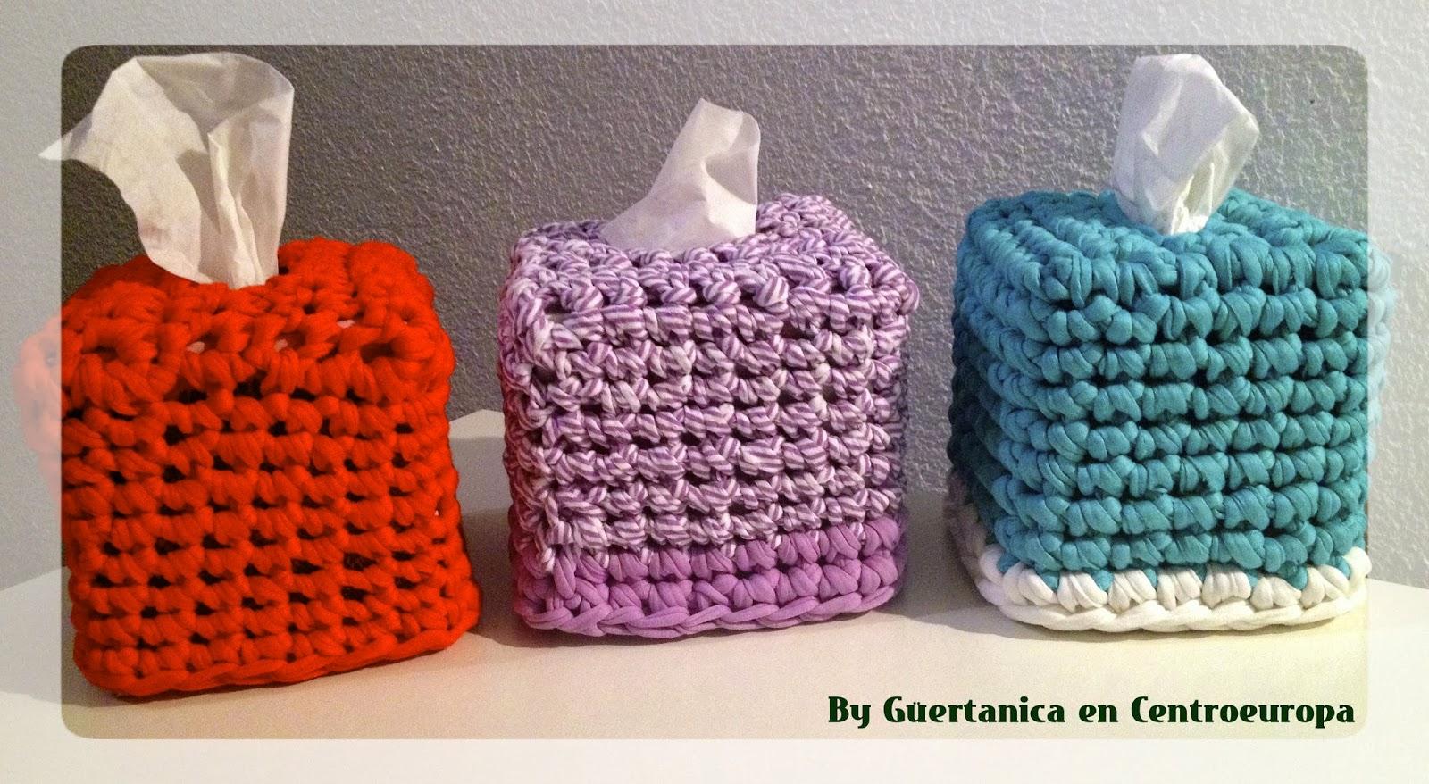 Zpaguetti tissue box; caja de pañuelos de trapillo