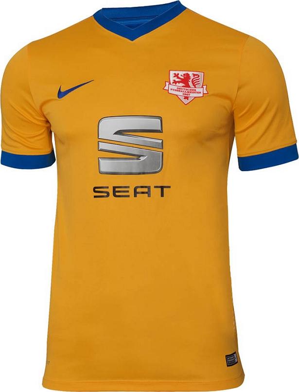 eda96cc142 Nike divulga novas camisas do Eintracht Braunschweig - Show de Camisas