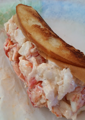 Sue's lobster roll, Kittery, Maine