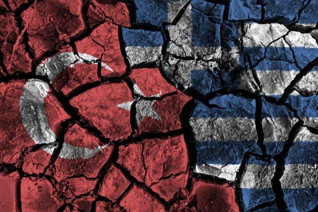 Προ-Ίμια πολέμου και χειρισμός ελληνοτουρκικών κρίσεων