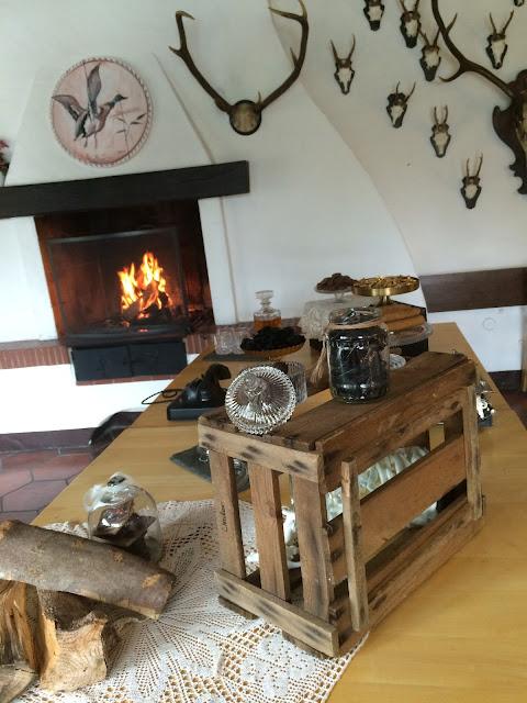 Mens table, Hochzeitsmotto aus M wird M, Pastell und Vintage im Riessersee Hotel Garmisch-Partenkirchen, Bayern