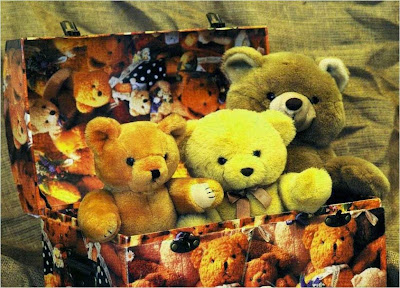 three-teddy-bears