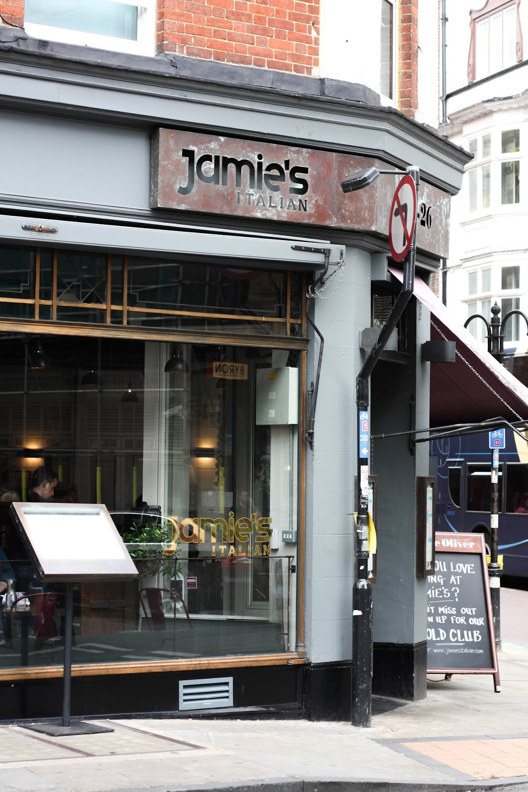 Jamie's Italian, Oxford