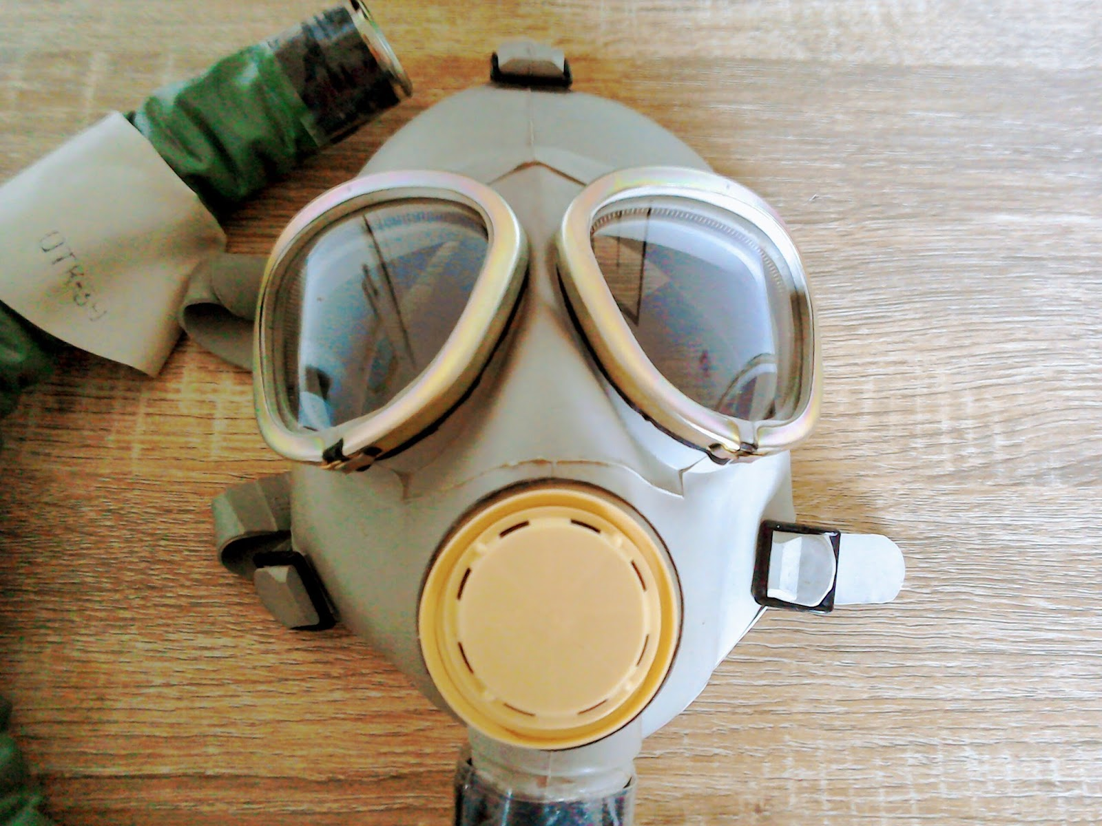 IP4 IP-4 ИП-4 RUSSIAN GAS MASK NEW REBREATHER WITH OXYGEN CANISTER IP4M 1994