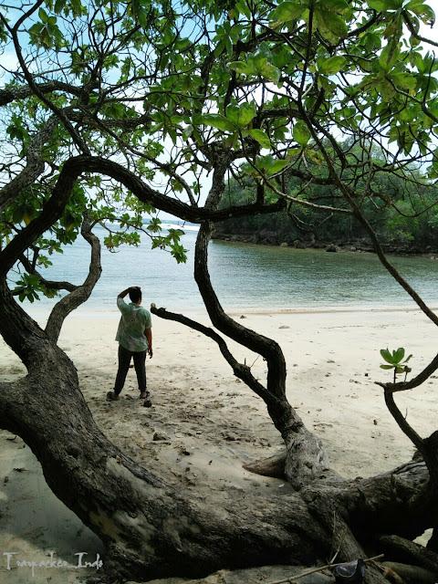 Pantai banyu meneng