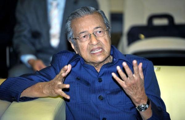 PANAS! Lantang Mengkritik PM, Tun M Bakal Terima Padah