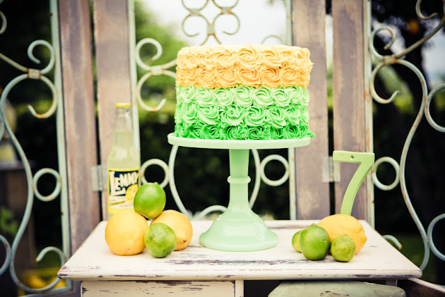 lemon+lime+green+yellow+citrus+orange+modern+ombre+birthday+party+wedding+theme+shower+baby+kids+kid+children+child+7up+seven+up+theme+photo+backdrop+lemonade+stand+retro+vintage+heather+lynn+photographie+12 - Heads up, Seven-Up!