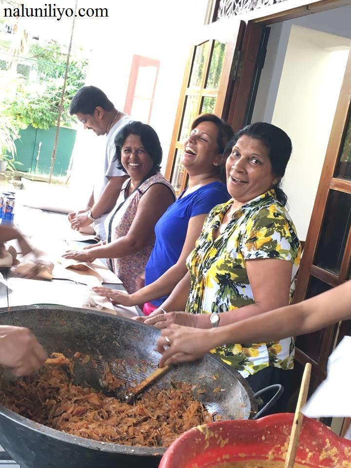 Piumi Hansamali Nipuni Wilson cooking food
