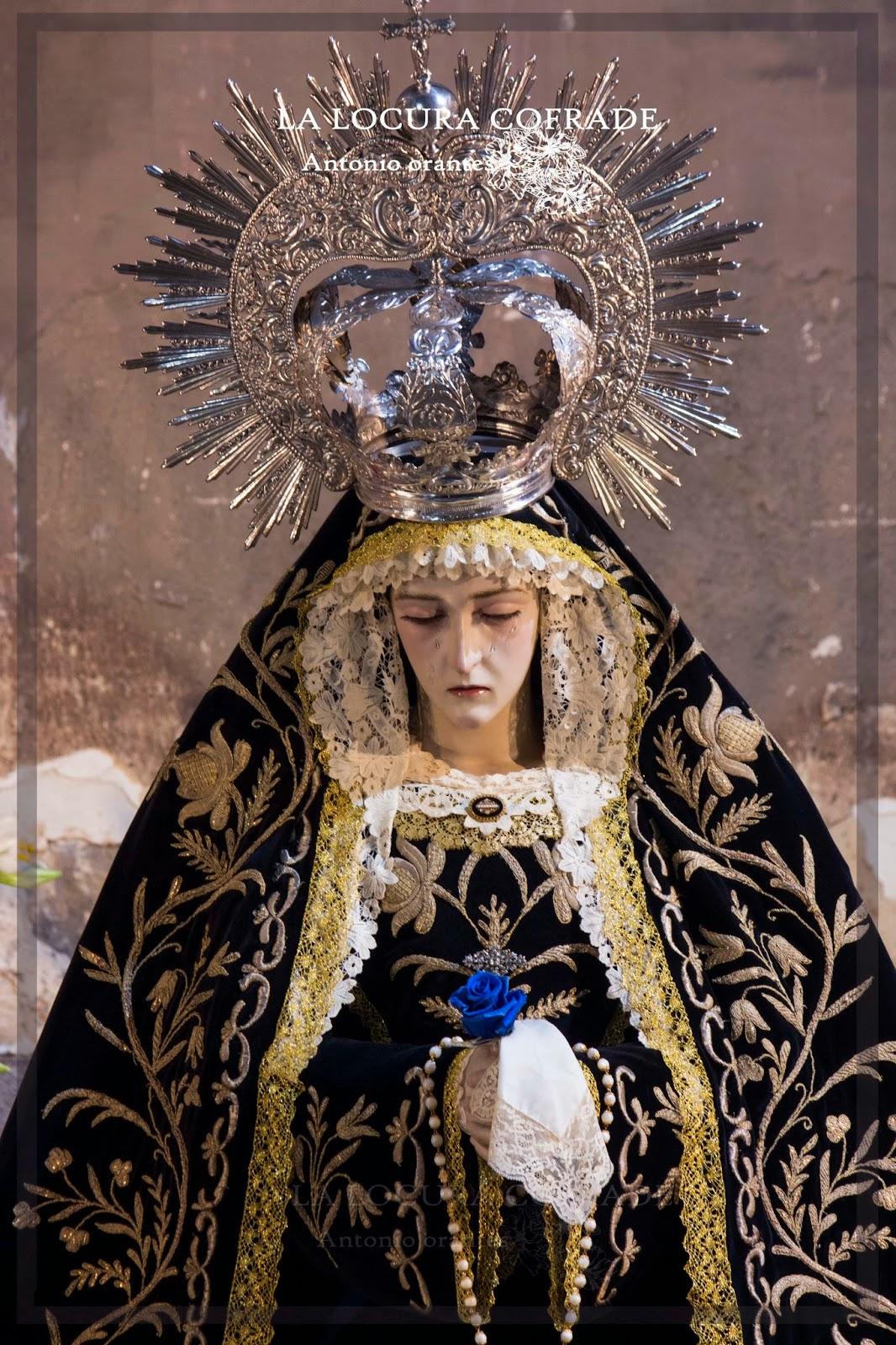 Besamanos a la Virgen de la Soledad de San Jerónimo de