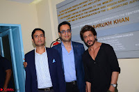 Aditya and Abhay Soi with Shah Rukh Khan .JPGMore