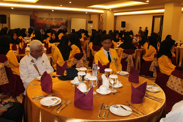Table Manner 2018