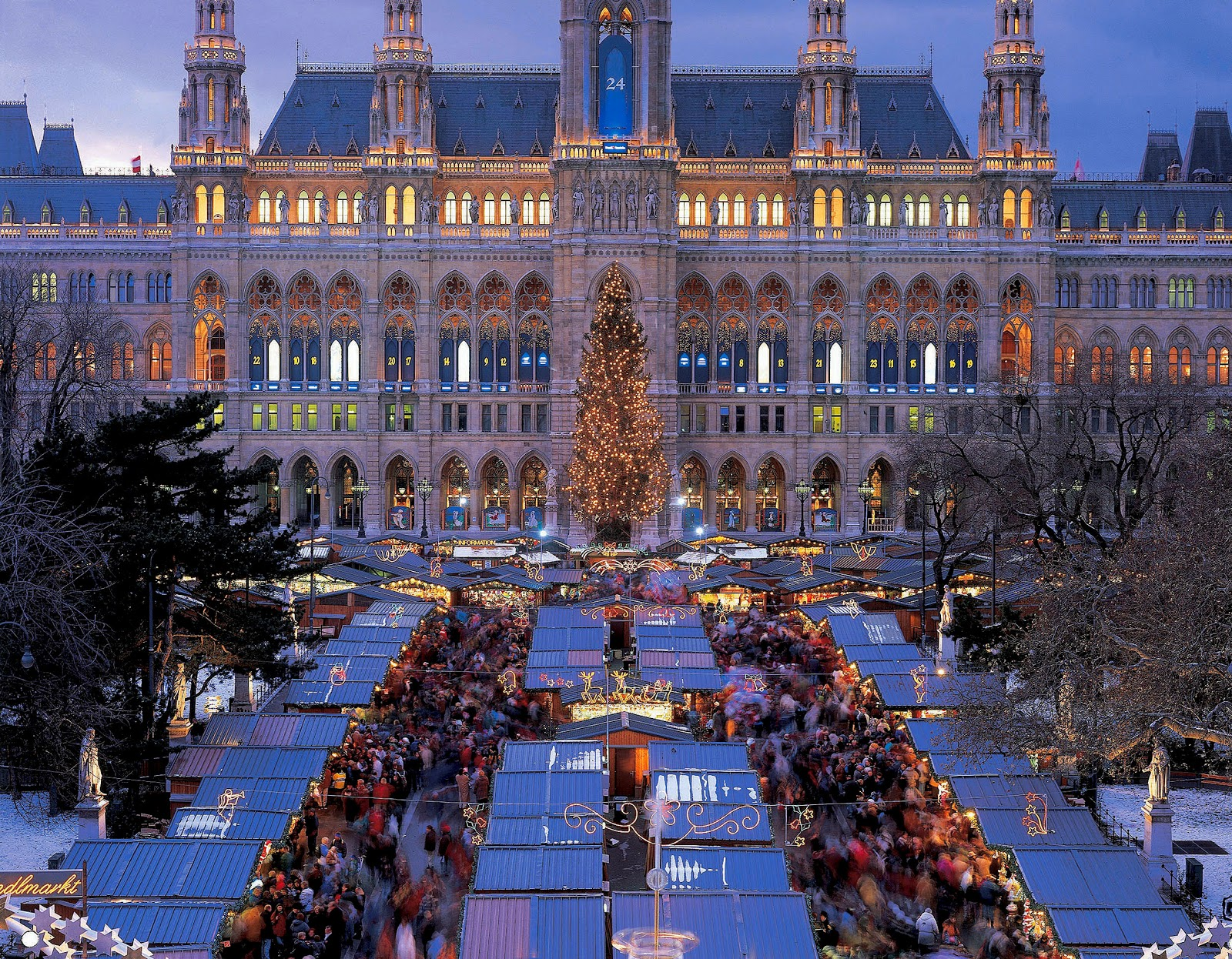 The Neo-Gothic Viennese City Hall building provides a magnificent backdrop for the Vienna Christmas Market. Photo: © Austrian Tourist Office. Unauthorized use is prohibited.