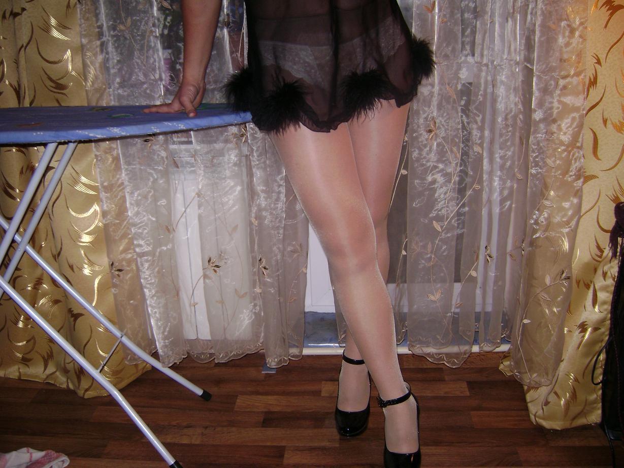 Фото жена голая при госте, Моя голая жена - домашняя эротика 13 фотография