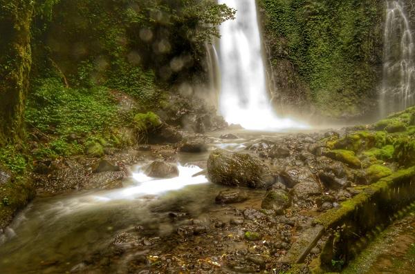 Air Terjun Tempat Pemandian Bidadari