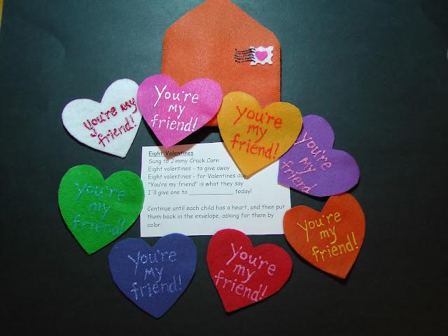 Felt Eight LIttle Valentines