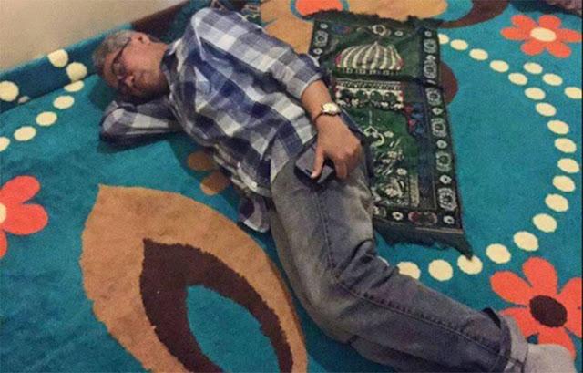 Viral: Sama-sama Tersangka.. Ahok Tidur di Kasur, Buni Yani Tidur di Mushola Polda Metro