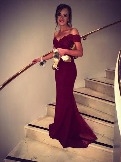 https://www.simple-dress.com/off-shoulder-mermaid-long-burgundy-chiffon-prom-dress-with-lace-top.html