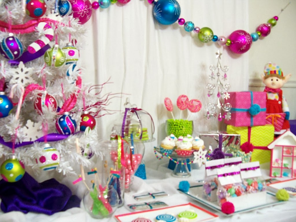 Christmas Candyland Backdrop.Cupcake Wishes Birthday Dreams Merry