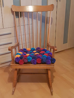 Upcycling mit Pompons
