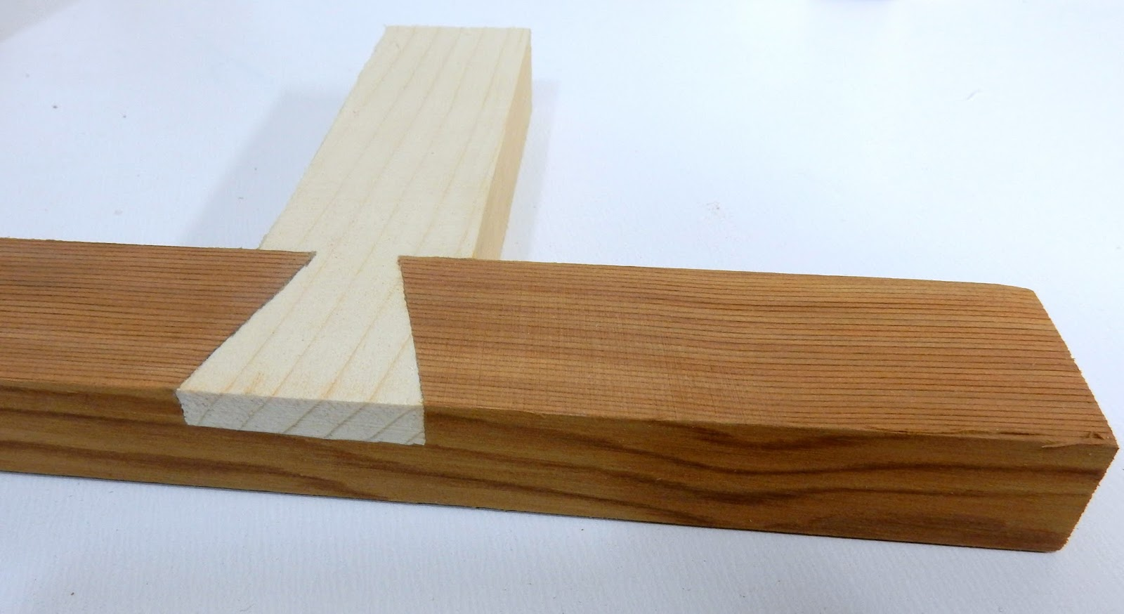 how to make dovetail wood joints