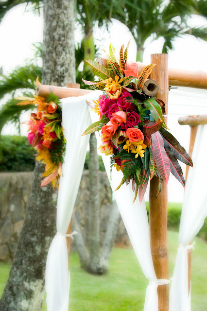 maui wedding planners,maui wedding flowers, maui beach weddings, maui wedding coordinators