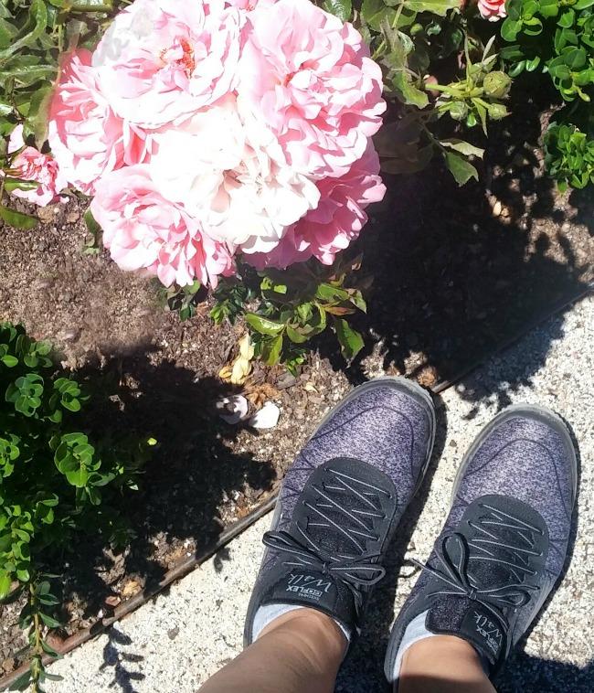 Skechers Go Walk  Womens Shoes