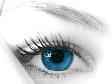 Imagen de ojo de una mujer