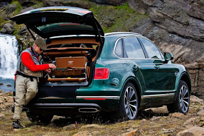 Bentley Bentayga Fly Fishing by Mulliner (2016) Rear Side