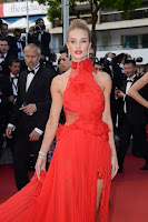 Rosie Huntington-Whiteley sexy best red carpet dresses 2016 cannes film festival