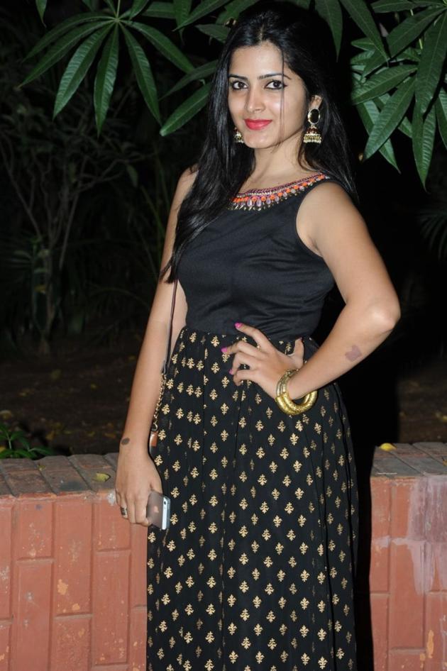 Beautiful Telugu Actress Pavani Gangireddy Long Hair Pics In Sleeveless Black Dress