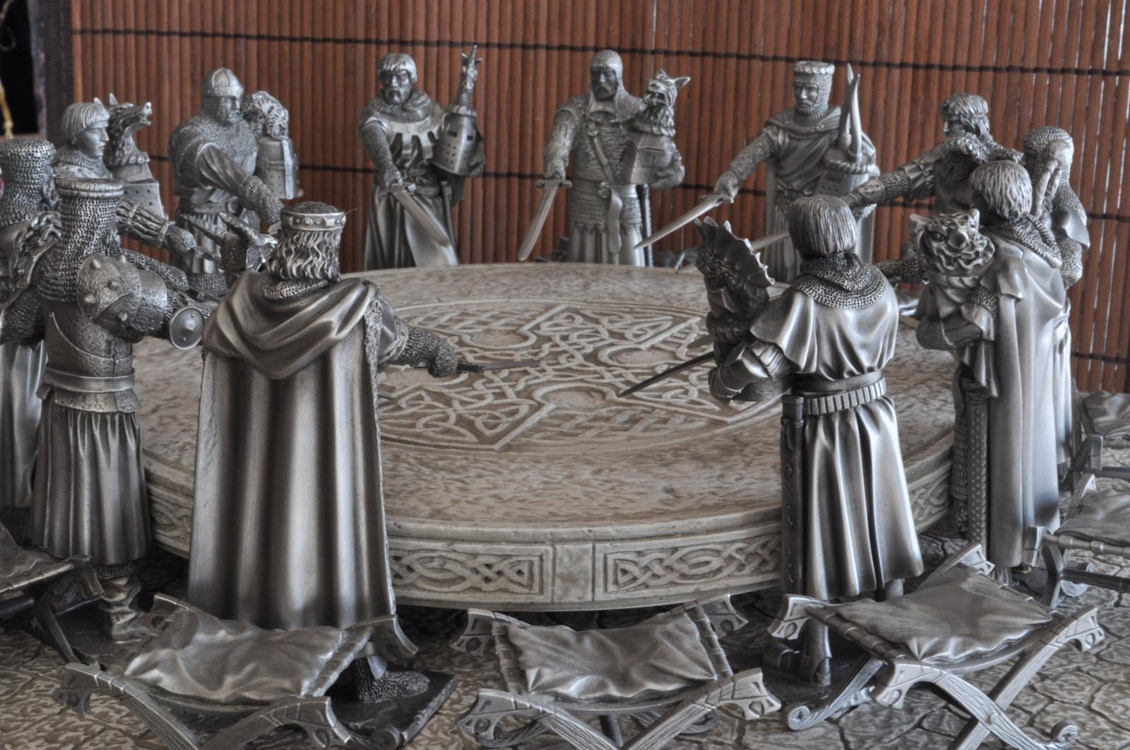 Famille egger les chevaliers de la table ronde - Expose sur les chevaliers de la table ronde ...