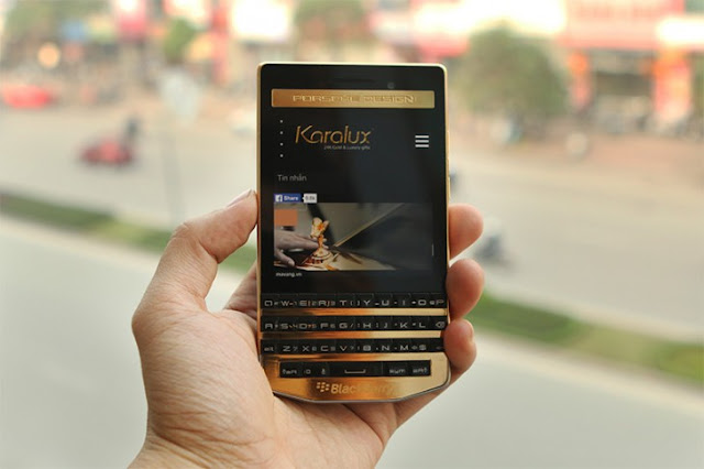 gsmarena_001 $2,440 buys you a gold plated BlackBerry Porsche Design P'9983 from Vietnam Android