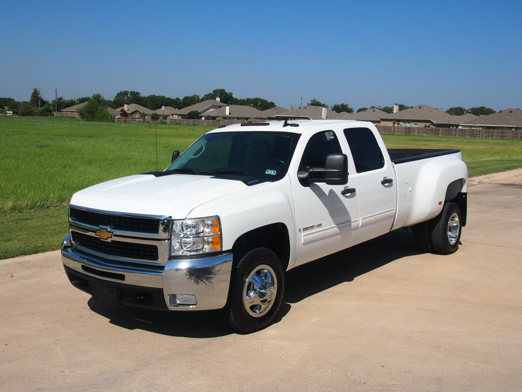 for sale 2009 chevrolet silverado 3500 hd durmax diesel 30 991 tdy sales new lifted truck suv. Black Bedroom Furniture Sets. Home Design Ideas