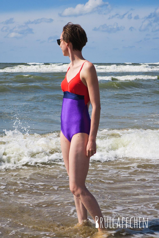 Brülläffchen: Colourblocking-Badeanzug...