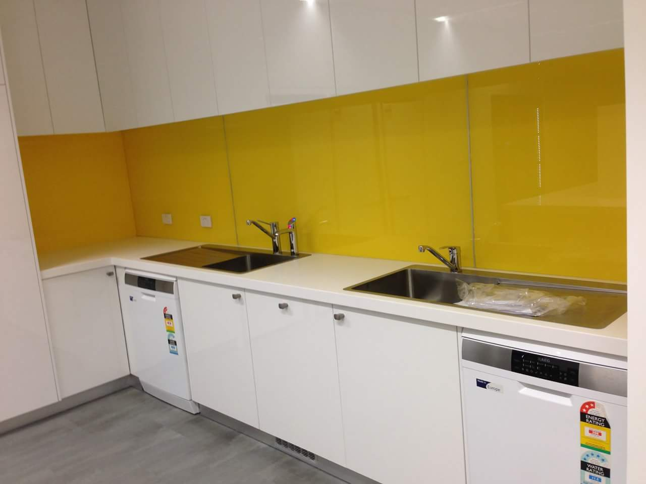 Polymer & Acrylic Splashbacks TIPS, Reviews, Coloured, Printed ...