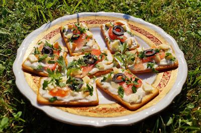 Mini kanapeczki z krakersów