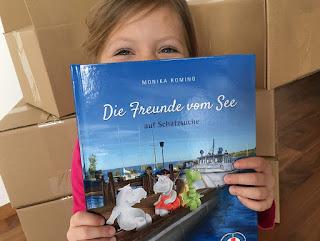 """Das Buch """"Die Freunde vom See"""" unterstützt Schwimmkurse für Kinder"""