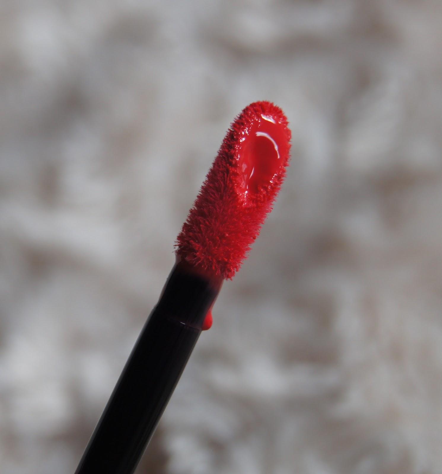 rimmel apocalips lip lacquer stellar applicator