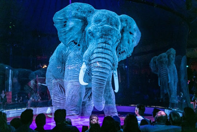 Circuses in Germany use holographic animals