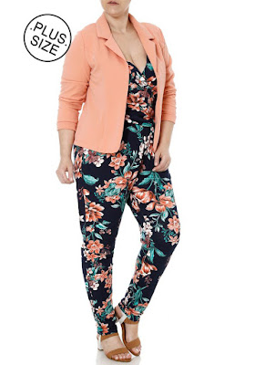 Look Plus Size com Blazer