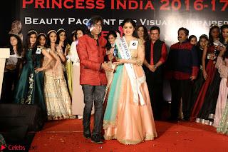 John Aham, Bhagyashree, Subhash Ghai and Amyra Dastur Attends Princess India 2016 17 Part2 018.JPG