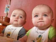اليكم اجمل صور اطفال توائم 2021