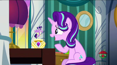 Starlight talks to Twilight, who's appearing as a musical box figure