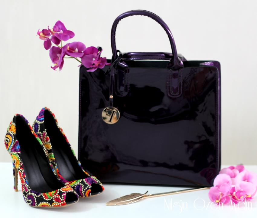 Renkli Yazlık Ayakkabı ve Mor Rugan Çanta