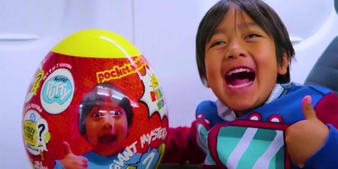 قناة يمتلكها طفل عمره 8 سنوات تحقق 22 مليون دولار في العام