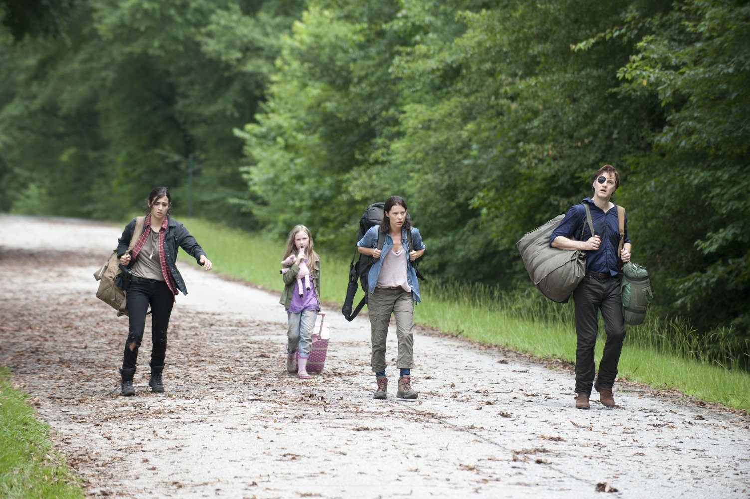 Nonton Film The Walking Dead S04E06: Live Bait (2013)