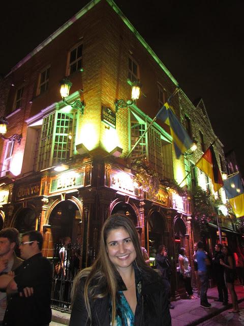 Quays Bar.