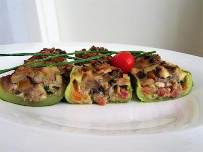 Tikvice punjene gljivama / Zucchini stuffed with mushrooms