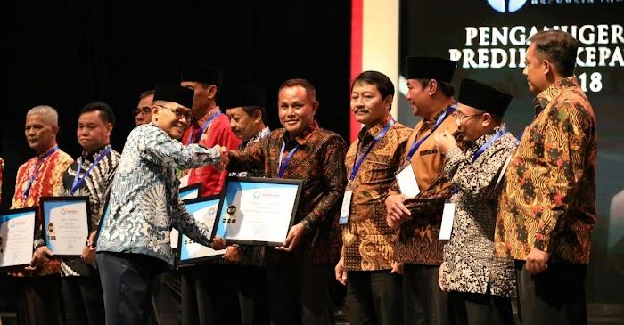 Pemkab Lamsel Raih Predikat Kepatuhan Tinggi 2018, Dari Ombudsman RI.